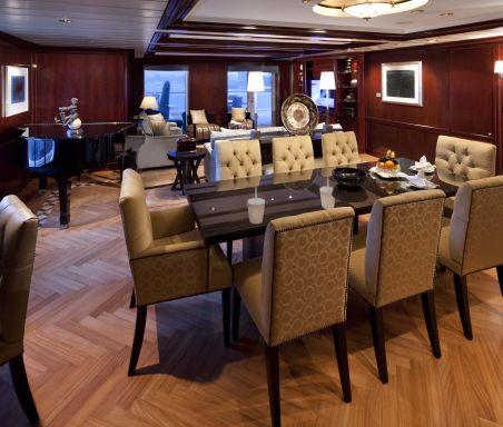 CS & IN Penthouse Suite 11